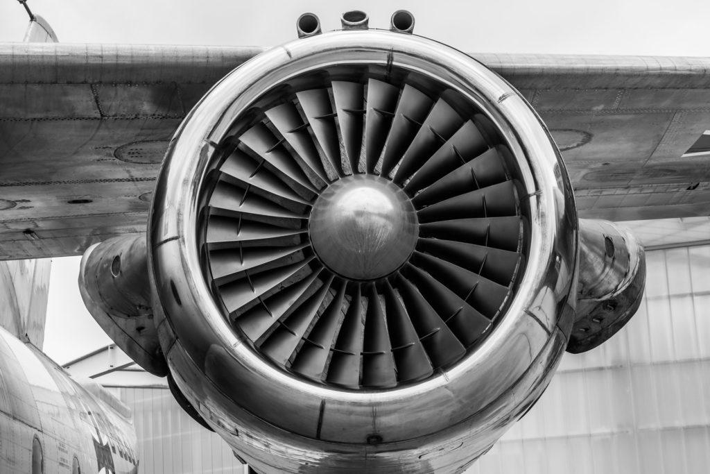 航空機リースの飛行機が事件で墜落したら?