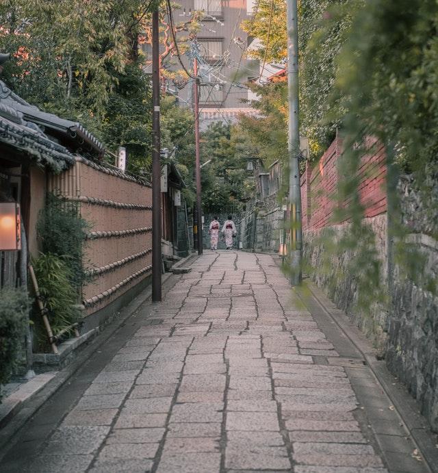 海外不動産と「京都の長屋」減価償却面ではどちらがお得?